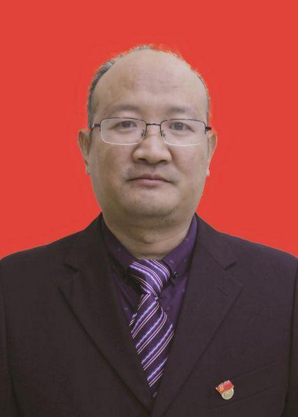 陈乐银(党委委员 工会主席)
