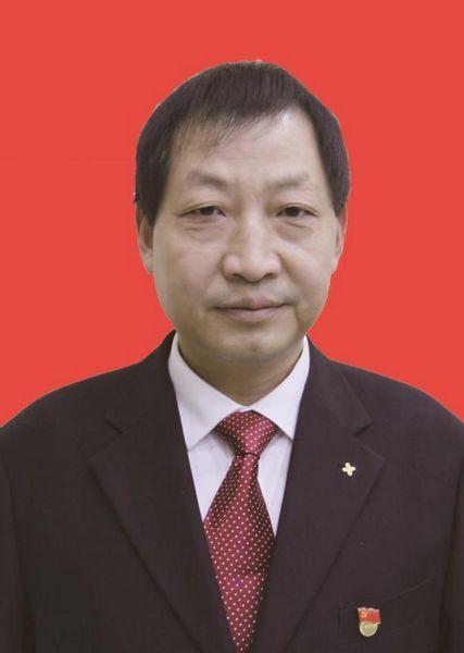 刘溪(党委委员  副校长)